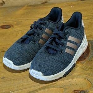 Girls Adidas sneaker